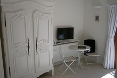 White Room furnishings