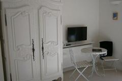 White Room furnishings